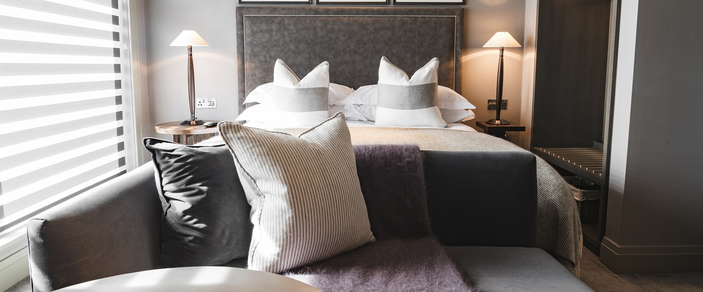 Dakota Hotel Leeds bedroom suite